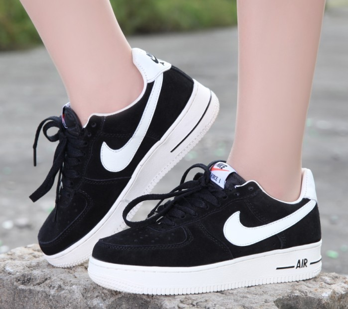 achat chaussures nike air force one air force 1 low nike air force one noir. Black Bedroom Furniture Sets. Home Design Ideas