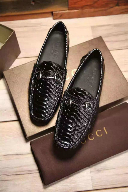 gucci mocassin hommes chaussures soldes outlet crocodile pattern de eur 59 9. Black Bedroom Furniture Sets. Home Design Ideas