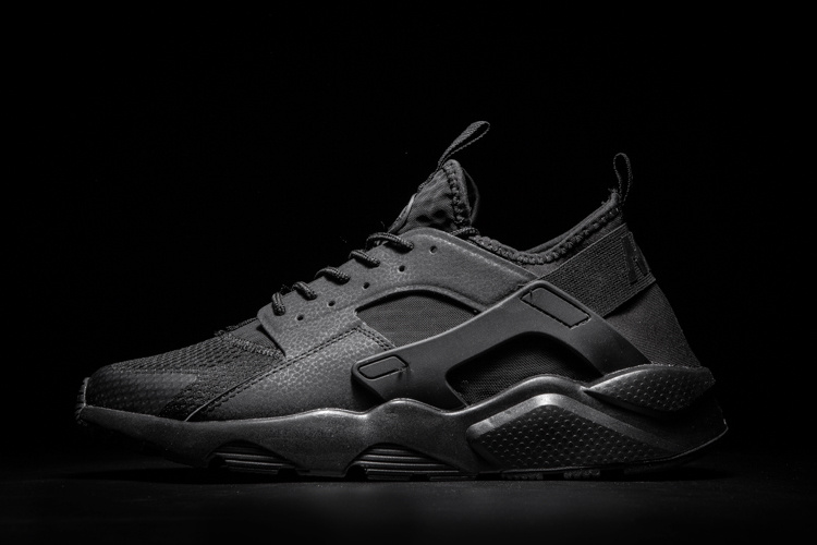 ddbfd395a821 hommess nike air huarache run id trainer mode air black