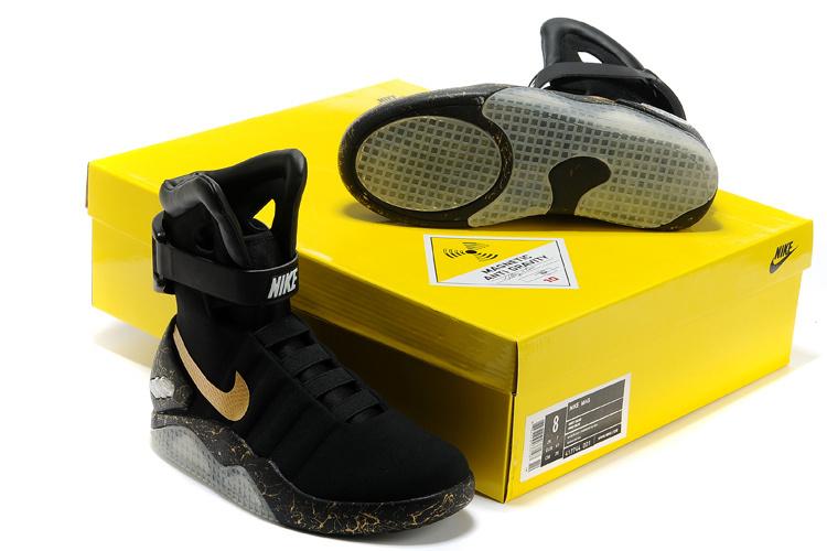 1ae829a293 nike air mag lumieres nouveaux hommes chaussures mode noir or de ...