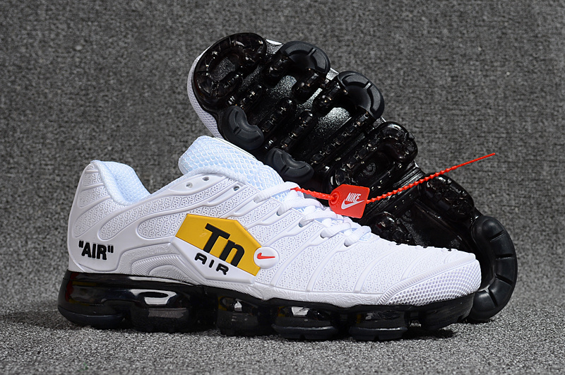reputable site 84259 41648 chaussures nike running tn air vapormax white blackred black