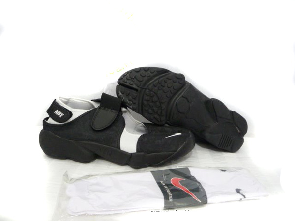 100% authentic 0adec 4b57a ... nike rift shoes-tn0519