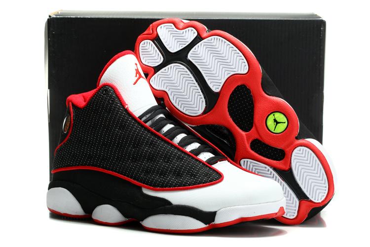 new photos 438d9 7c45f chaussures air jordan 13 hommes cuir maille respirante modeles taureau noir  et blanc