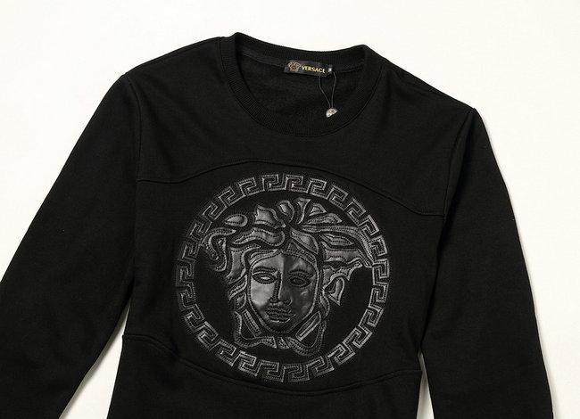 53784679f13 veste versace sport hommes sweatshirt big mark black de  VERSACE ...